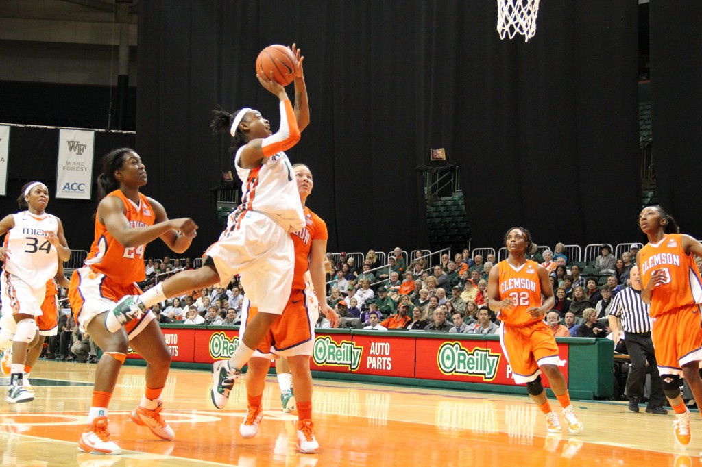 Canes win 16th straight in 77-48 victory over Clemson