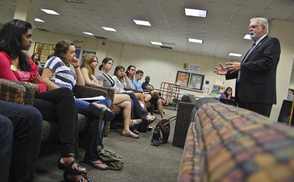 Photo Brief: Death penalty debated