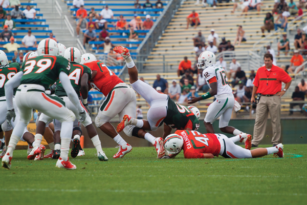 Miller, Spence provide highlights in spring game