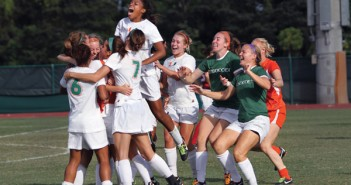 The Womens Soccer Team celebrates after beating Alabama Crimson Tide.... Kenneth Rubi//The Miami Hurricane