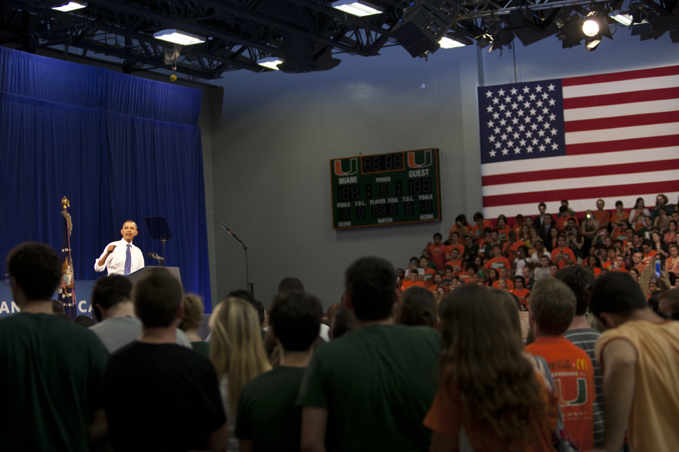 Obama advocates energy efficiency, independence during UM visit