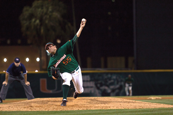 Undefeated Canes beat FAU, prepare for No. 1 Gators