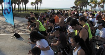 Saturday morning the Golden Key International Honor Society hosted the Golden Key gets SunSmart 5k Run/Walk at Crandon Park South. All participants were able to receive a free skin cancer screening. Luisa Andonie // Contributing Photographer