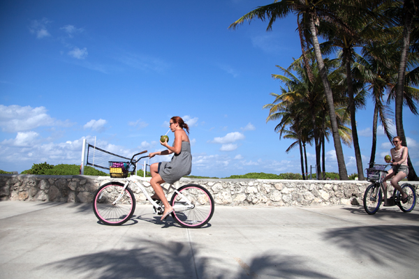On Wednesday afternoon, two friends take advantage of the bike trail along Ocean Drive. Miami Beach has wide paths specifically for bikers and implemeting the Deco Bike program to make the city more biker-friendly. Cayla Nimmo // Photo Editor