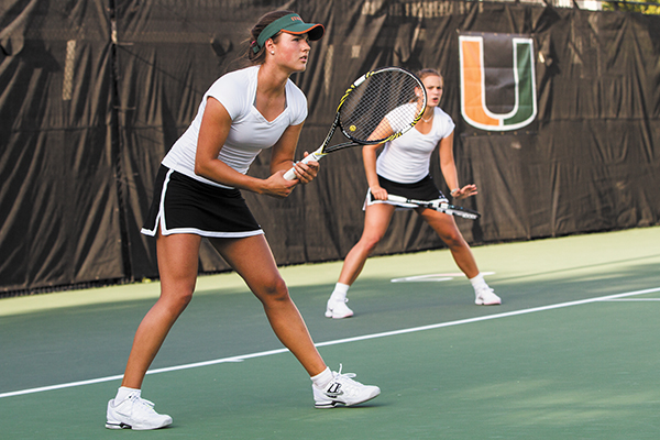 Women's tennis continues reign on court