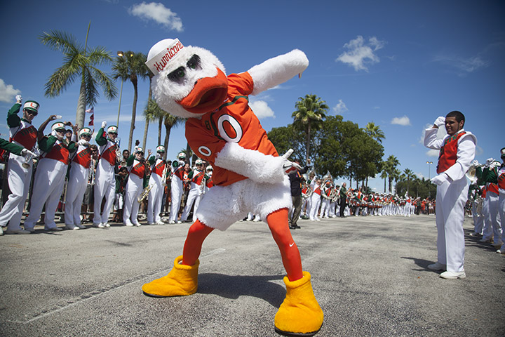 Freshmen Walk gives new Canes fun first memory