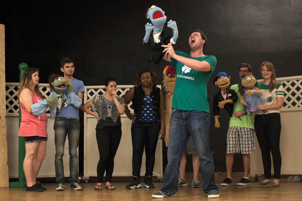 'Avenue Q' comes to you