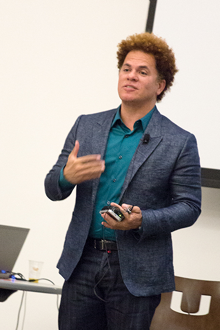 Artist Romero Britto spoke to international students from the Intensive English Program on Friday morning in the SAC. He spoke about the meaning of art. Yinghui Sun // Staff Photographer