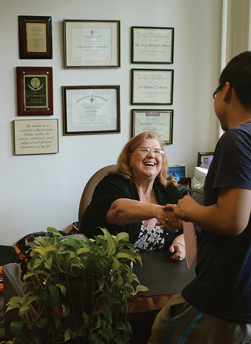 Jan Williams-Eddleman, Director of the Center for Freshman Advising at the College of Arts & Sciences, helps freshman Pengfei Hou with his courses for next semester. Becca Magrino // Staff Photographer