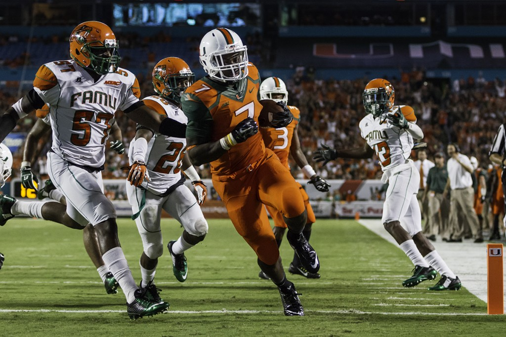 Hurricanes surge past rattled-up Rattlers