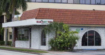 Miami's Best Pizza, a landmark in the Coral Gables community, will soon no longer reside at its current location. Giancarlo Falconi // Staff Photographer
