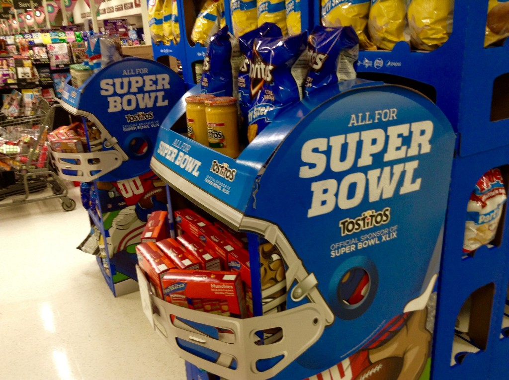Campus watch parties, tradition in store for Super Bowl XLIX