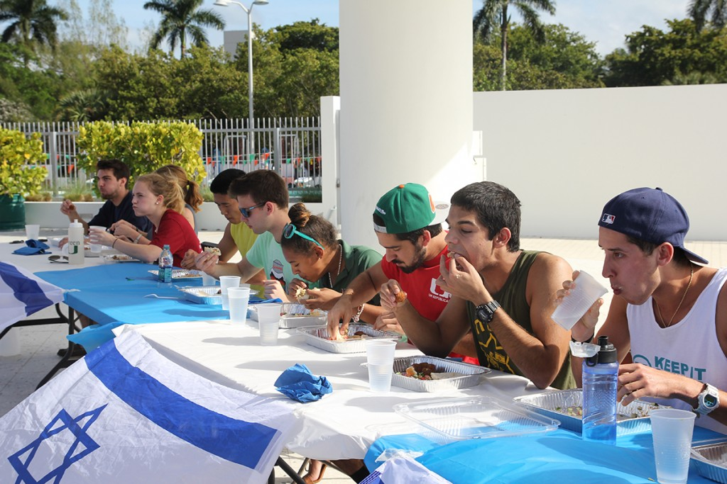 Gallery: Student leaders eat to compete at Israelfest