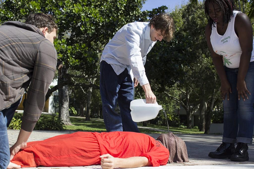 Protest against waterboarding simulates torture technique