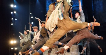 Original company North American Tour of NEWSIES ©Disney //  Photo Courtesy Deen van Meer