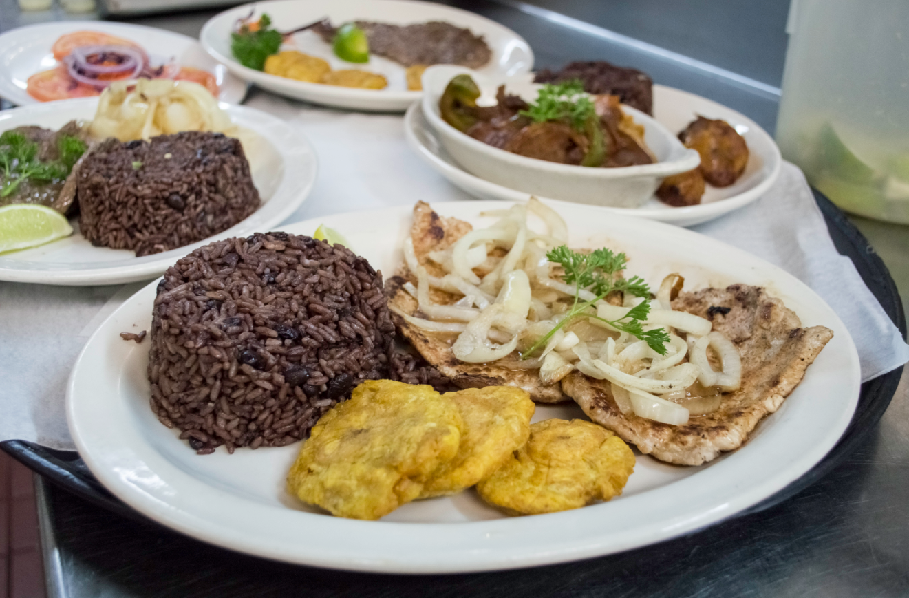 Biting into miami s cuban cuisine restaurant scene the for Cuisine restaurant