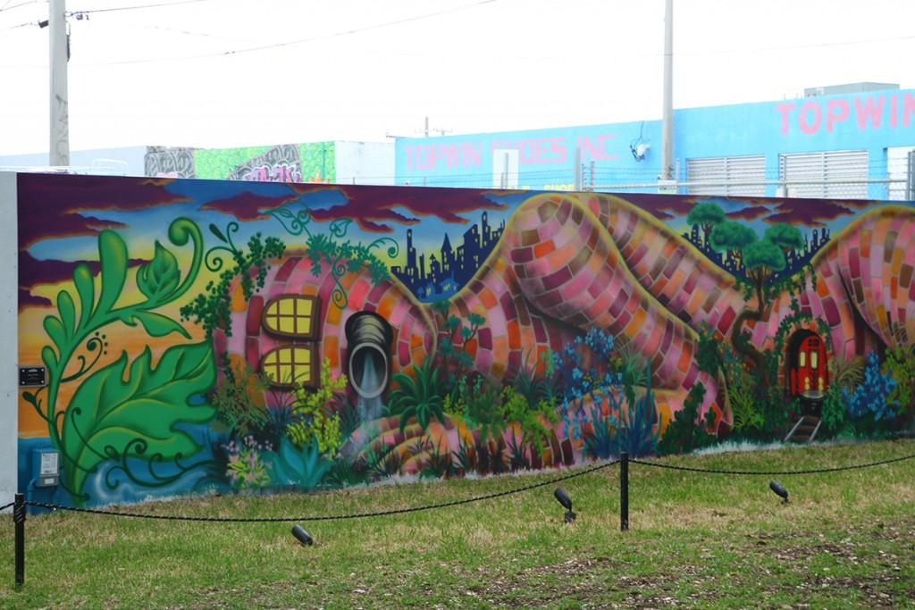Neighborhood Art Walks offer collection of culture