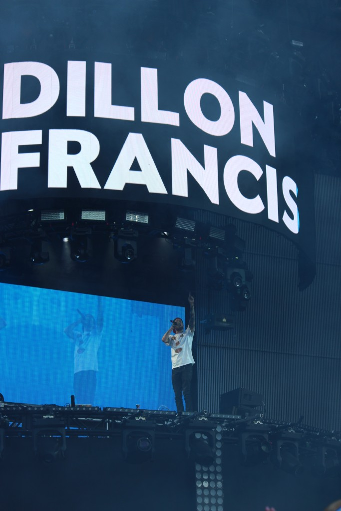 Dillon Francis played Perry's Stage at dusk on Friday. The popular EDM DJ returns to Miami to play Bayfront Park on October 16. Hallee Meltzer // Photo Editor