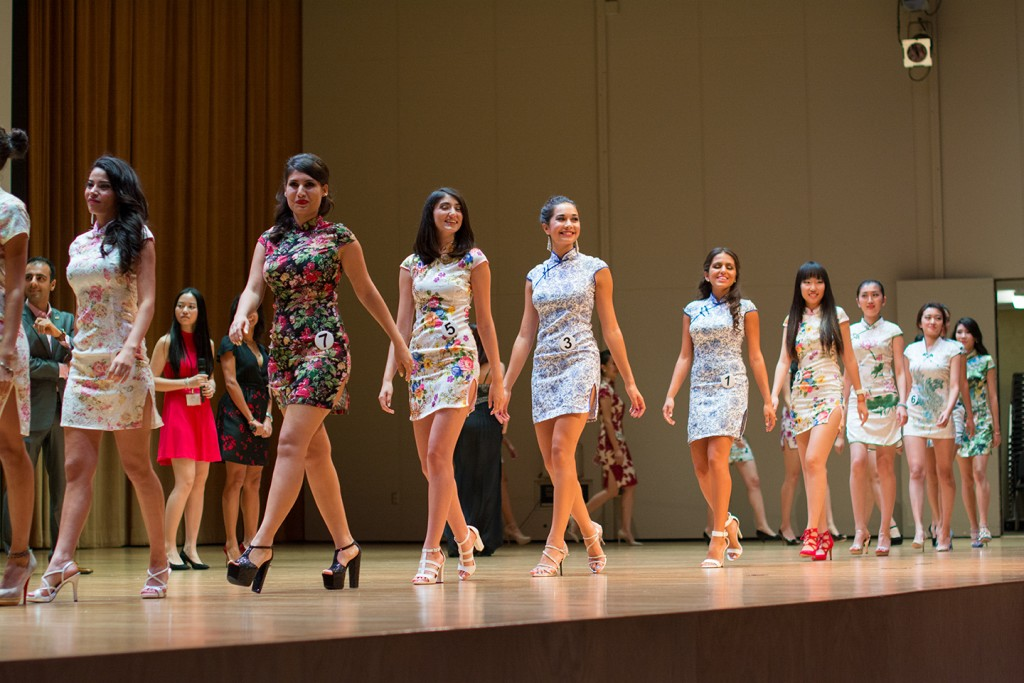 IGNITE models line up for their closing bow Sunday night at Gusman Hall. Alisha Kabir // Contributing Photographer