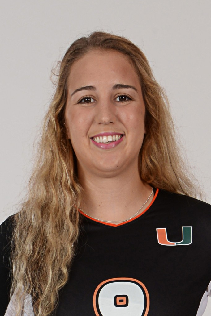 Hurricanes volleyball player Kelsie Groot shares positive energy with teammates