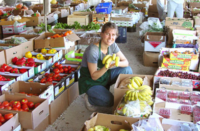 The Coconut Grover Farmer's Market sells a variety of organic fresh fruits, vegetables, and vegan foods on Saturdays. Photo Courtesy Glaser Organic Farms