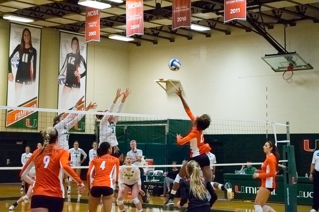 Canes volleyball bounce back with 3-1 win over Irish