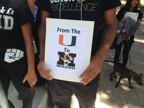 Silent demonstration spreads awareness of race relations at Mizzou