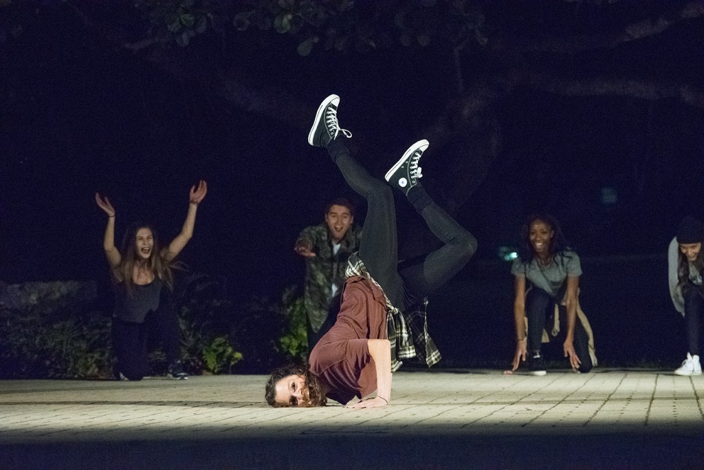 Kaos performance showcases hip-hop, contemporary dance