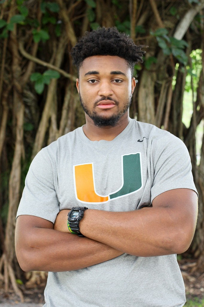 Redshirt freshman defensive lineman Demetrius Jackson spends his time off the field volunteering with the kids of the Miami community. Jackson is preparing to present at a conference hosted by Booker T. Washington High School in February. Erum Kidwai // Assistant Photo Editor