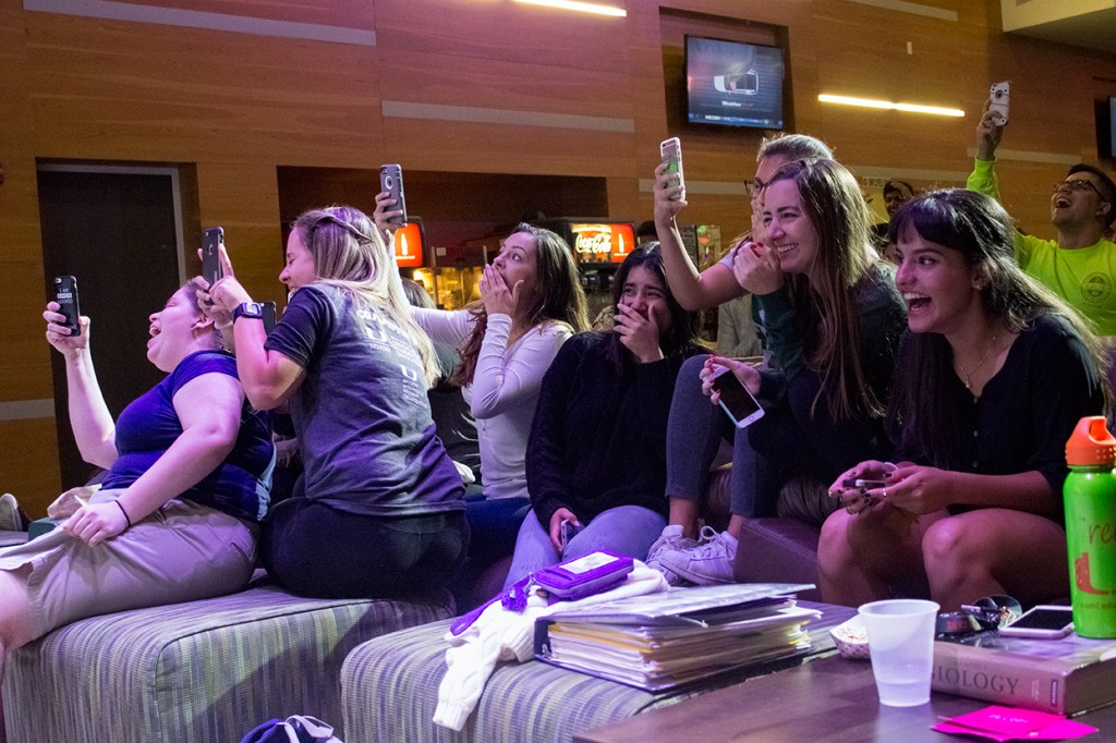 Photo of the Week: Commuter Week Date Auction