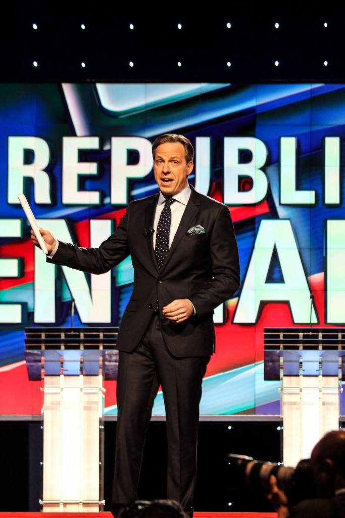 Jake Tapper introduces the Republican candidates during the GOP Debate. Victoria McKaba // Assistant Photo Editor