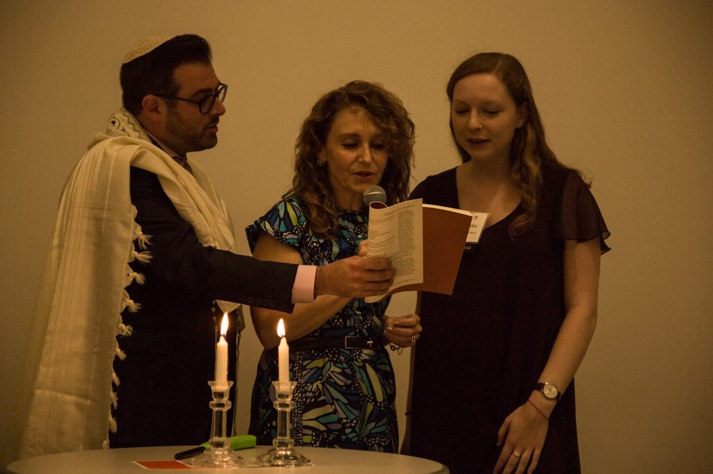Dr. Felicia Knaul participates in shabbat services Friday night in honor of Hillel's Frenk Friday. Evelyn Choi // Staff Photographer