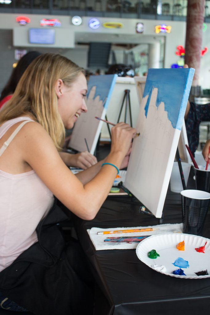 Painting and Pitchers at the Rathskeller. Shreya Chidarala // Staff Photographer