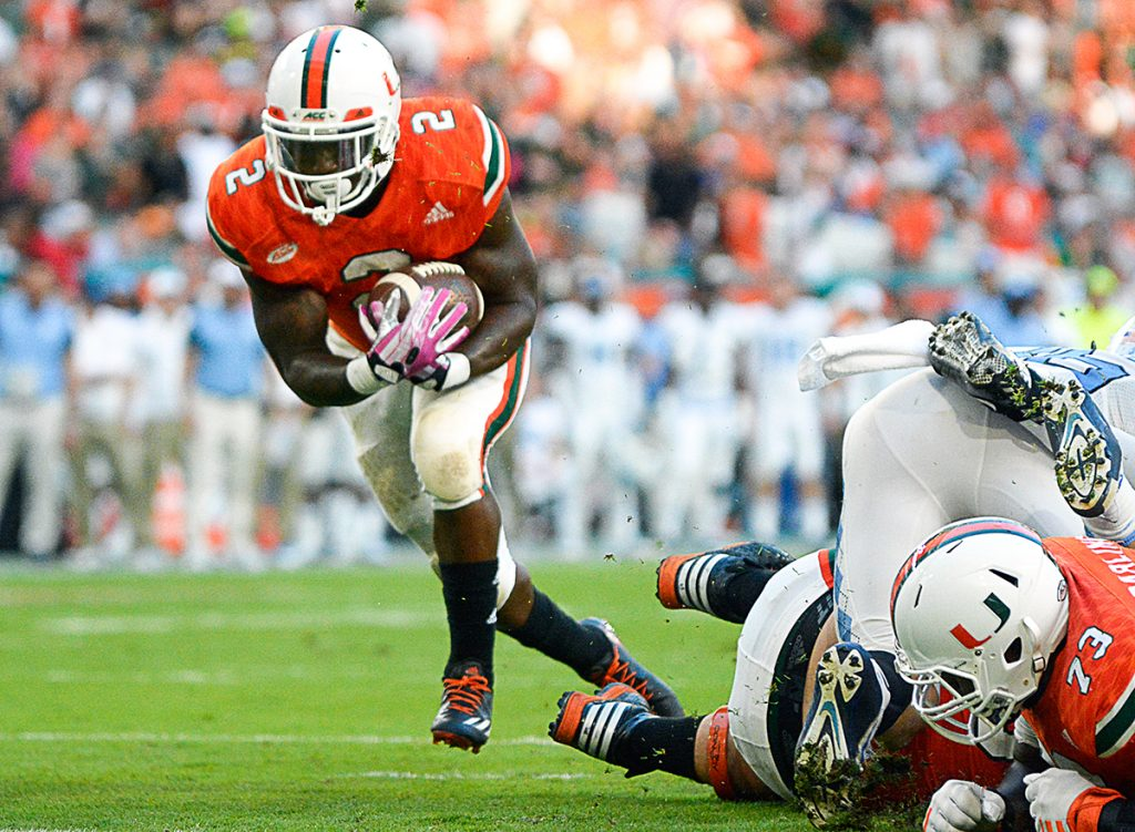 Hurricanes football struggles on both sides of the ball, falls to Tar Heels 20-13