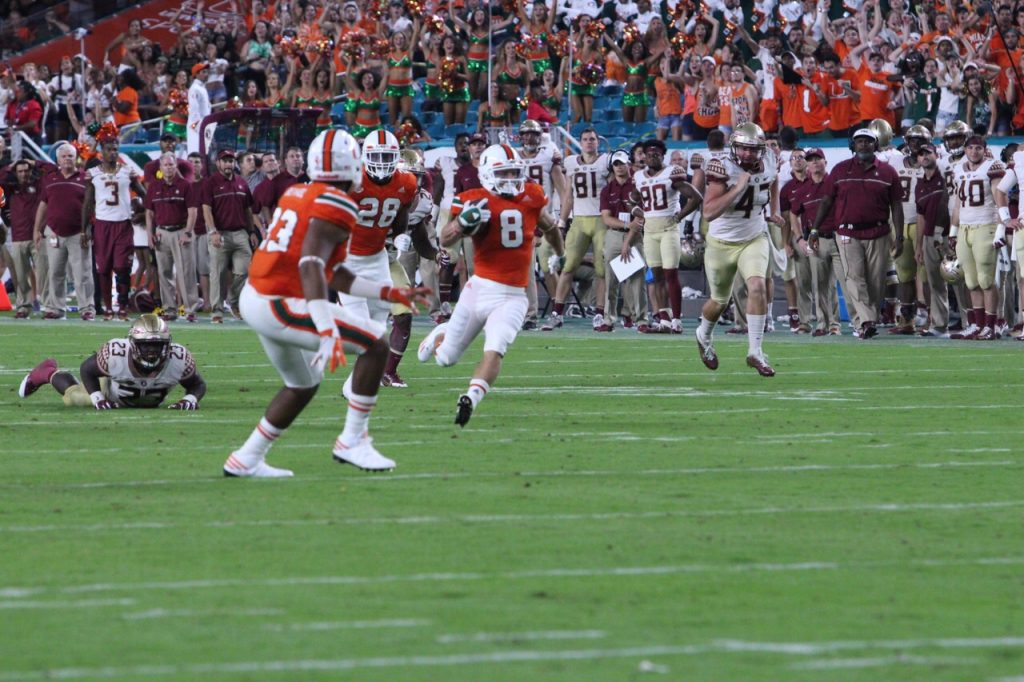Miami makes crucial error, falls to Florida State 20-19