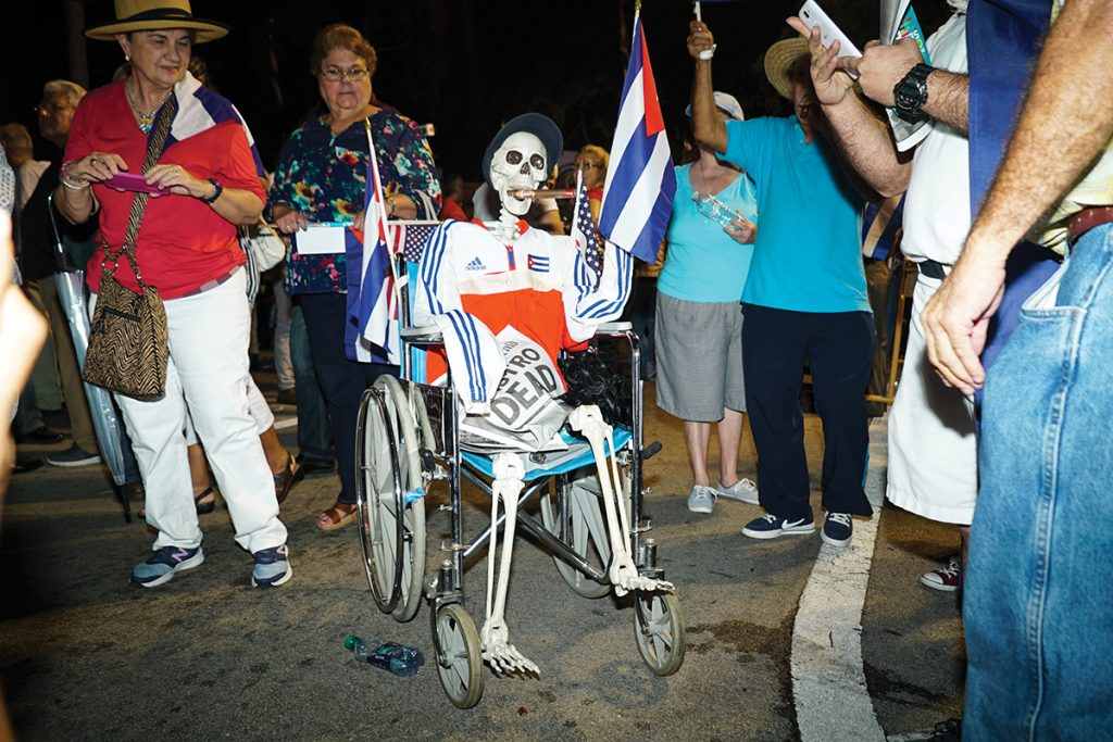 Miamians reflect on Cuban experience after death of Fidel Castro