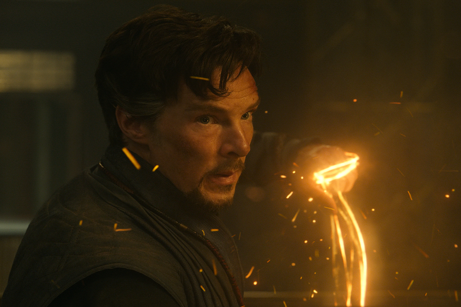 'Doctor Strange' stuns with magic, visual effects