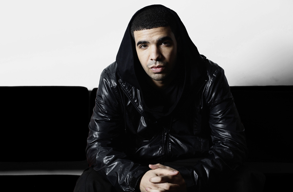 Drake's mainstream appeal widens rap audience