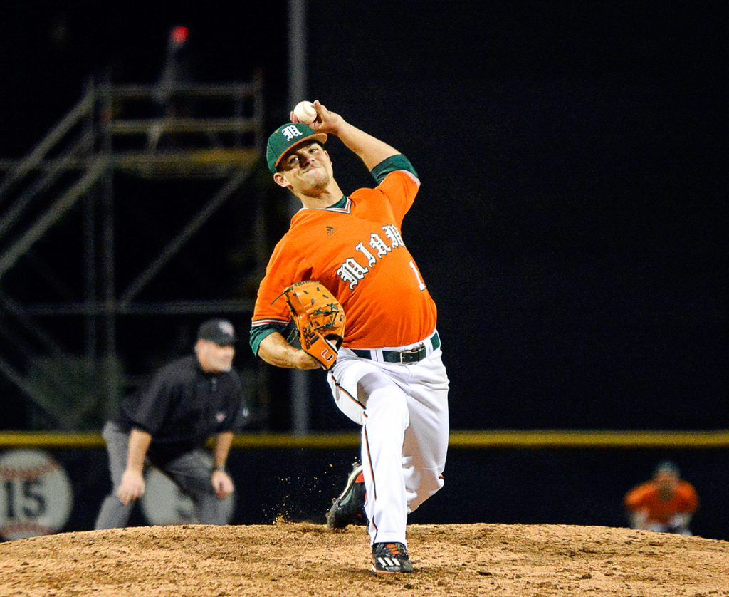Miami wins off balk 3-2 against Dartmouth