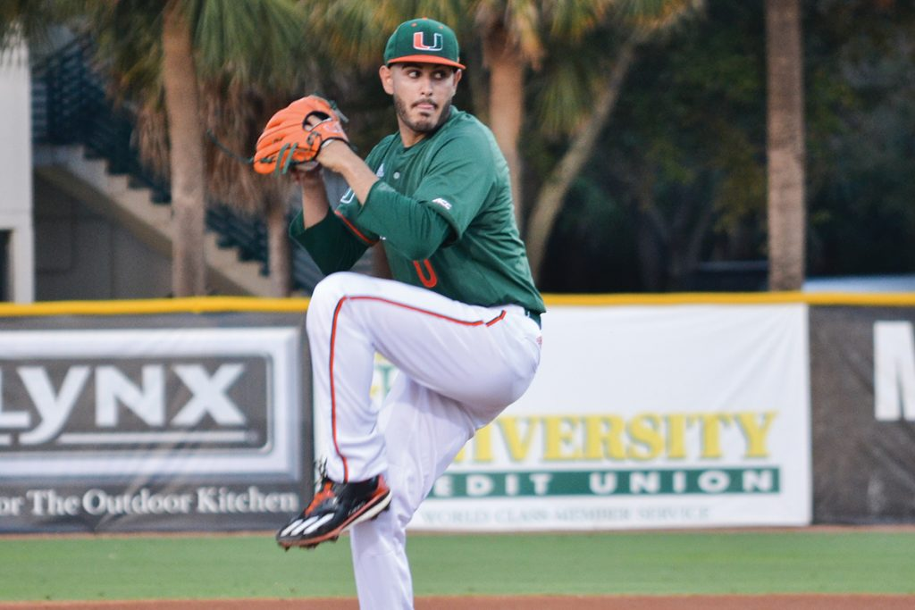 Miami Hurricanes give up lead, drop match to FIU Panthers 3-2