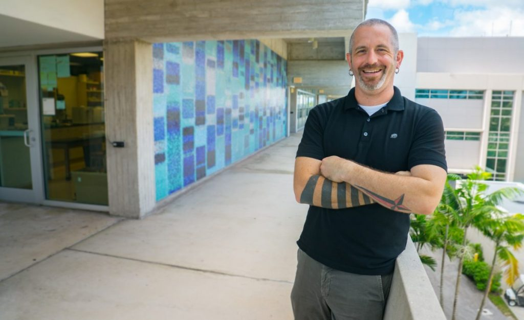 Associate Professor William Pestle makes 16-hour roundtrip to Puerto Rico to deliver supplies, aid in recovery efforts
