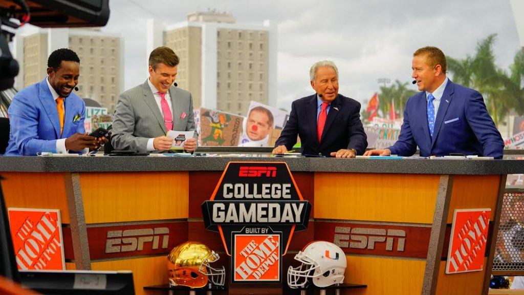 Live Blog: ESPN's College GameDay broadcasts live from campus