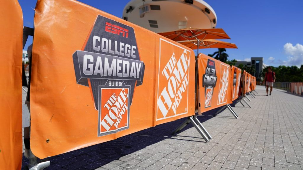 ESPN College GameDay set to broadcast from UM Lakeside Patio