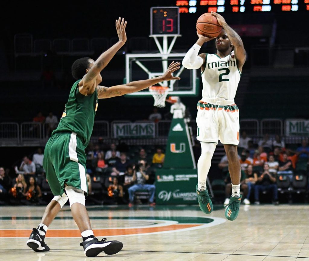 Huell notches double-double, Lykes returns home in Miami victory over George Washington