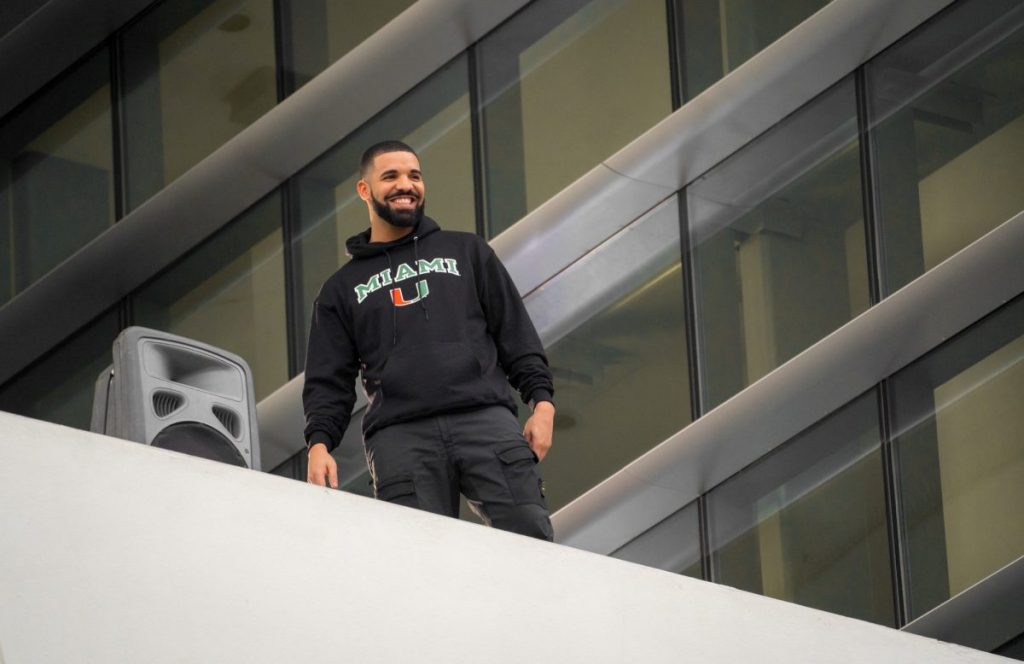 Photo of the Week: Drake Visits the U