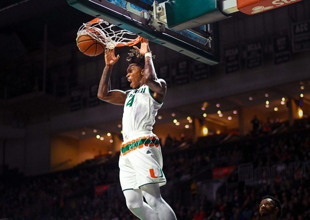 Photo of the Week: Lonnie Walker IV Slam Dunk