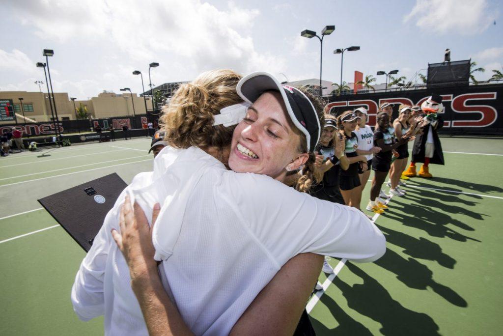 Tennis teams thrive in seniors' final games