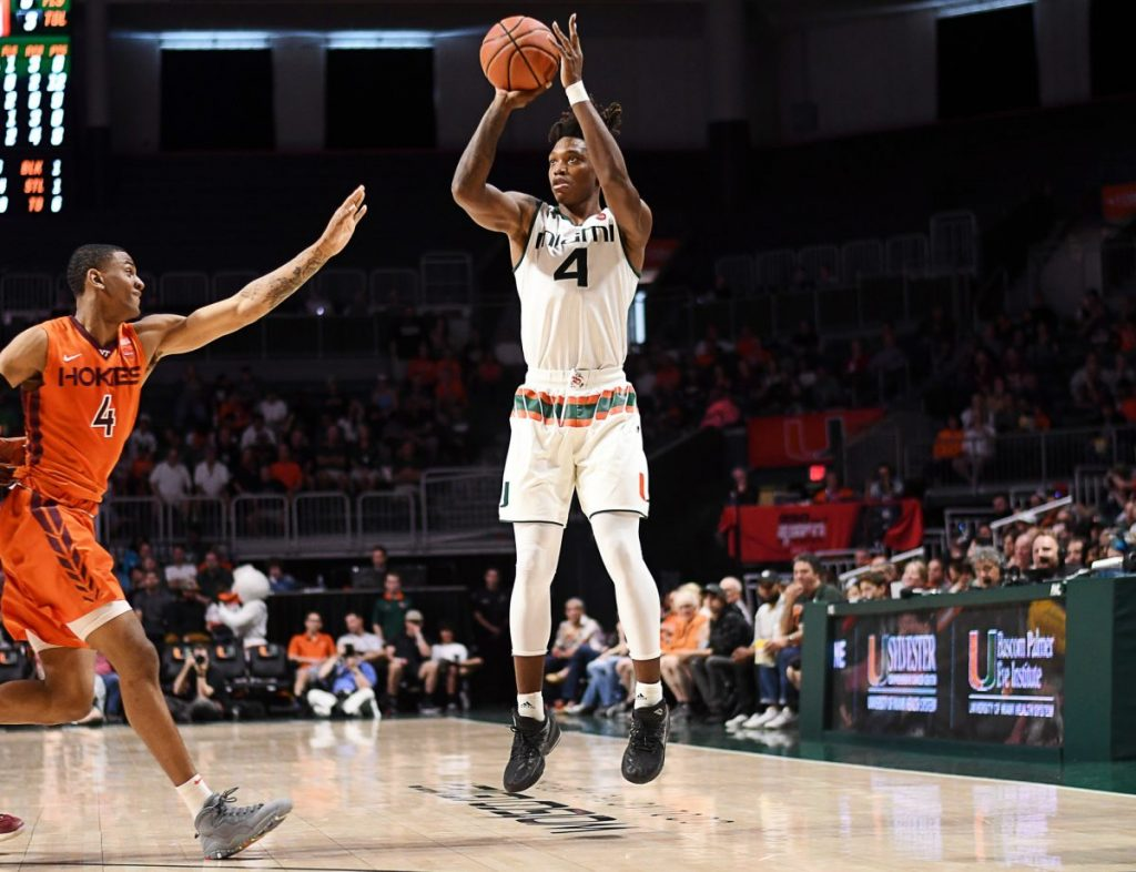 Lonnie Walker IV announces he will turn professional