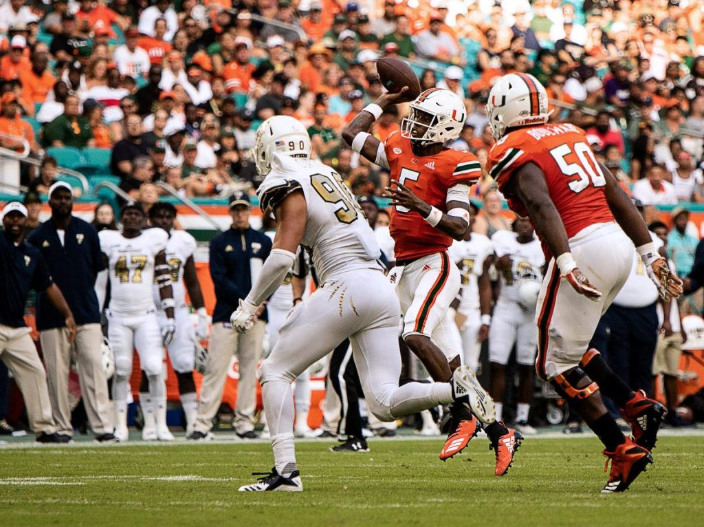N'Kosi Perry shines in Hurricanes' victory over Panthers