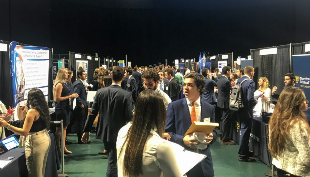 Students ponder post-grad, professional tracks at annual expo